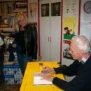 07.11.2013 - Miki Muster podpisuje 10. knjigo